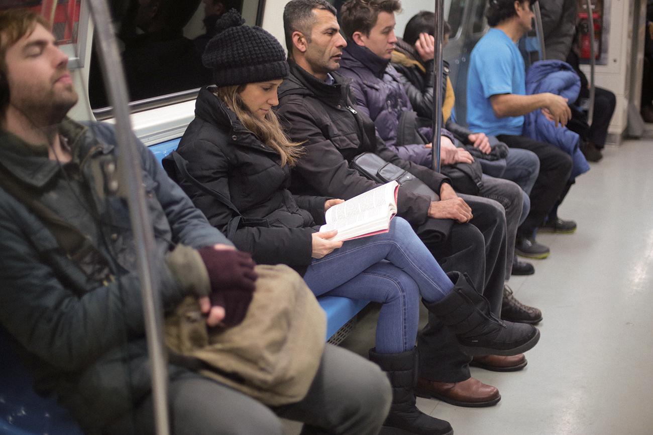 metro-0401-Art-and-Politics-claudia-mesch