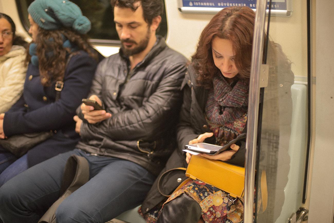 09.02.2016---metro---Yasar-Kemal-Yagmurcuk-Kusu-_